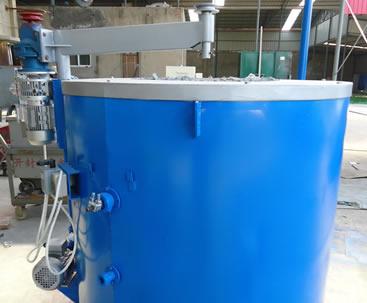 河南客户定制的熔铝炉